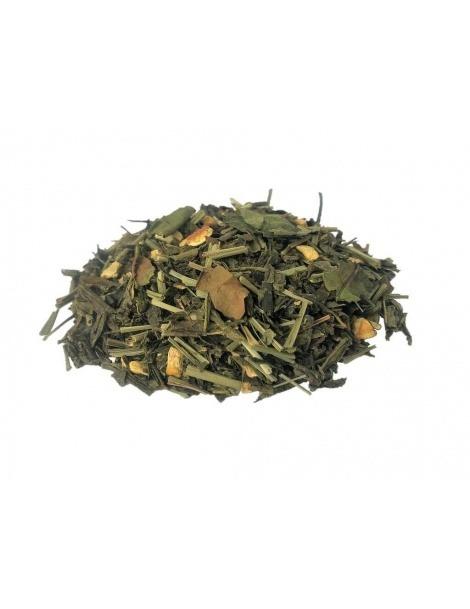 Weißer Tee mit Zitrone und Ingwer