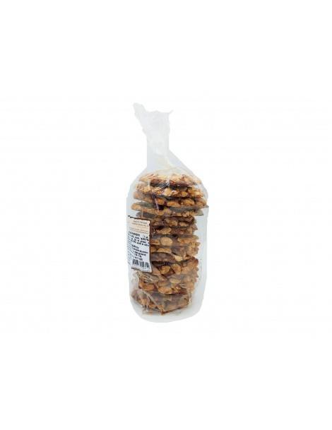 Kakaokeks mit Erdnüssen